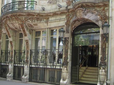 Glycines et capucines, 34 avenue de Wagram à Paris
