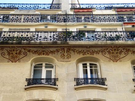 Guirlandes et bouquets, 3 à 9 rue Delestraint à Paris (75)