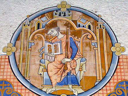 Représentation de Louis IX sur l'église St Louis des Abatilles, signée Les Mattonelles Bazas Eric Courcy 1998