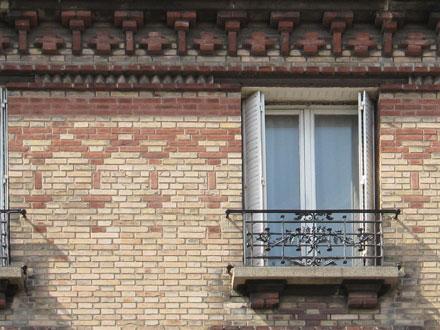7 rue Florian, briques en saillie, motif illimité de deux couleurs