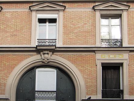 27 rue Magenta, carreaux formant panneaux
