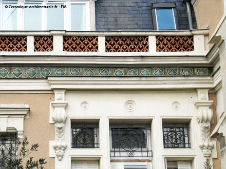 « Garniture d'attique » et métopes de la Gde Tuilerie d'Ivry E. Muller & Cie