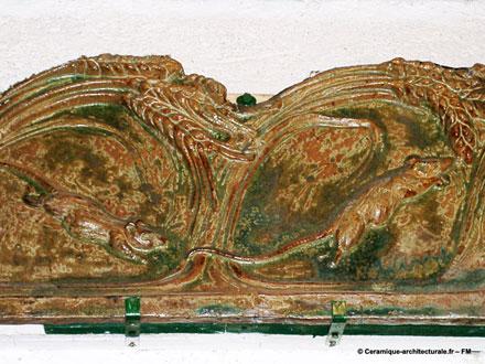 Garniture de chéneau en grès émaillé issu de la propriété de Bigot à Mer – ph.2006