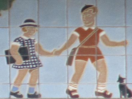 Ecole maternelle, vers 1930, rue Doumer à Neuilly-Plaisance (93), carreaux de céramique