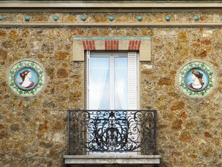 Médaillons Printemps et Eté, entourés d'une frise de Loebnitz, Ablon-sur-Seine (94)