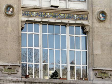 Médaillons Eté et Automne, de Parvillée, 1889, boulevard de Clichy à Paris (75)