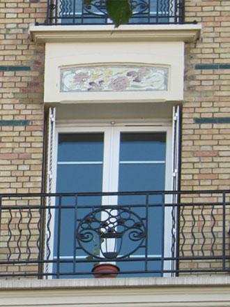 Panneau iris et roses de Dolis à Courbevoie (92)