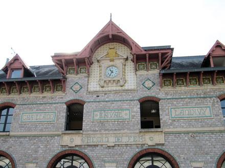 Ancienne gare à Laval (53) 1895/1900