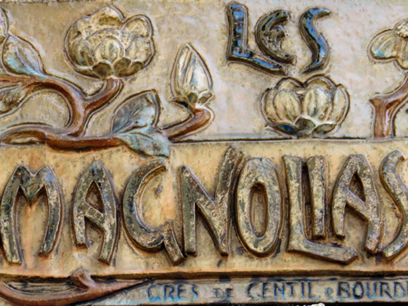 LES MAGNOLIAS à Vichy (03) Grès de Gentil & Bourdet