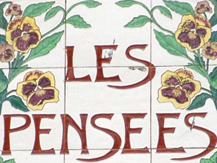 LES PENSEES à Desvres (62)
