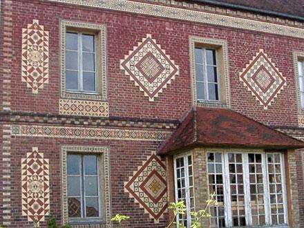 Maison de direction de la manufacture des frères Boulenger à Auneuil (60) (ph. FM 2004)