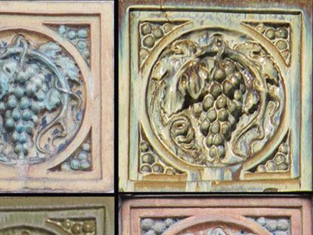 Métope en grès émaillé de diverses couleurs, de Gentil & Bourdet à Reims (51) et St-Dizier (52)