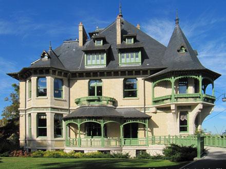 Villa Demoiselle, rue Henry Vasnier à Reims (51)